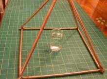 apa de piramida