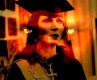 Djuna, vindecatoare autentica? Sau doar o vrajitoare care practica vampirismul energetic?