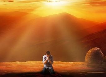 Tehnici secrete de rugaciune! Daca 10% din populatia planetei s-ar ruga zilnic, n-ar mai exista dezastre pe Terra...