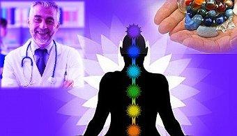 "Doctorii pot vindeca doar prin sugestie, devenind astfel ""zei"""