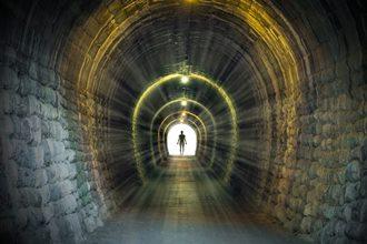 Celebrul profet Edgar Cayce ne spune misterul de dupa moarte: subconstientul devine constient