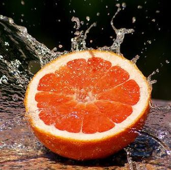 Cat de extraordinar poate fi grapefruitul pentru sanatatea umana! Bun pentru inima si in tratamentul cancerului si a diabetului