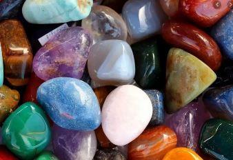 Puterea magica a pietrelor pretioase si semipretioase era cunoscuta de vechile civilizatii ale lumii
