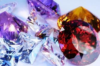 5 cristale puternice care ne protejeaza de pericolele din timpul calatoriilor