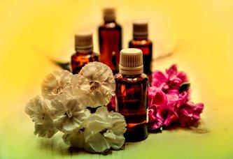 Cele mai bune 5 uleiuri esentiale pentru vindecarea sufletului si trupului